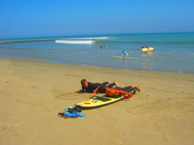 4 Days Budget Surf Holiday in Mancora, Peru