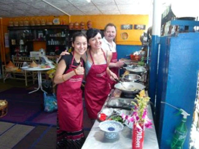 8 Days Bangkok and Beyond Foodie Cooking Tour