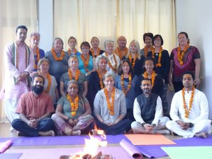 7 Days Living Consciously Yoga and Meditation Retreat in Rishikesh, India
