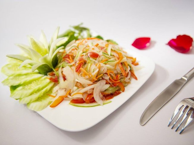 2 Days Vietnam Cooking Holiday and Cruise