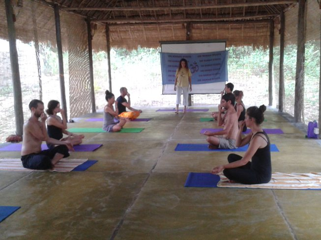 7 Days Refreshing Yoga and Meditation Retreat in India