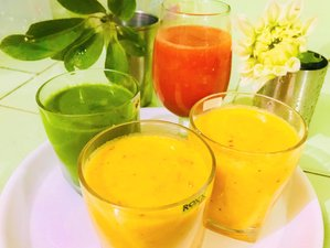 8 Day Detox Juice Cleanse and Yoga Retreat in Rishikesh