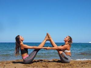 5 días de retiro privado de yoga con vista al mar y cielo azul en Ibiza