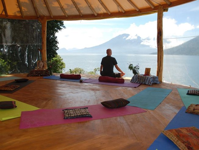 19 Days Silent Meditation and Yoga Retreat in Mexico