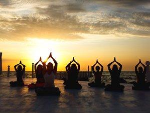8 Day 60-hour Yin Yoga Teacher Training in Dominical, Puntarenas