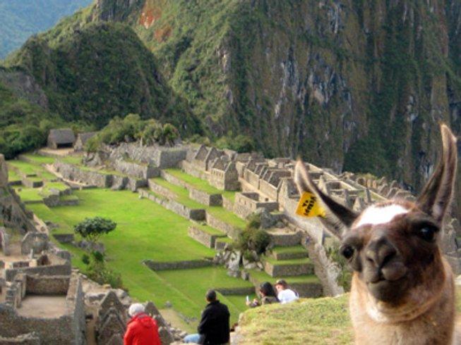 10 Days Sacred Feminine Medicine Yoga Retreat in Peru
