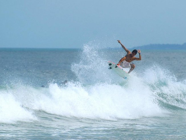 7 Days Surf Camp in Bali