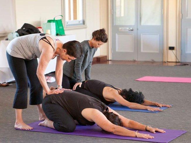 3 Days Weekend Yoga Retreat in Sydney, NSW
