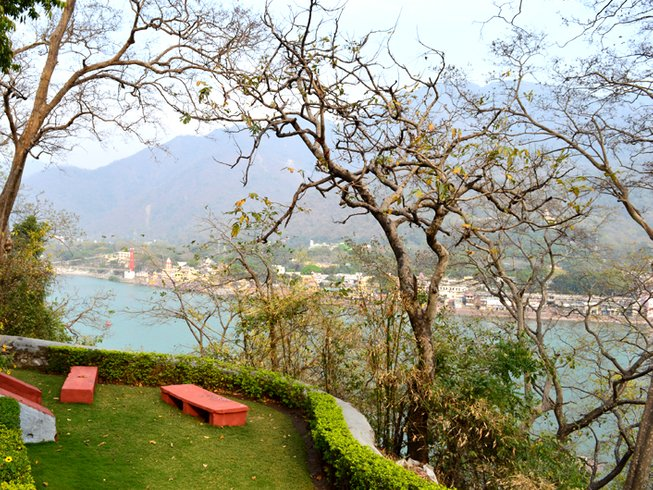 7 Days Traditional Yoga Retreat in Rishikesh