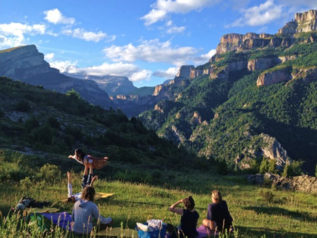7 Days Family Meditation and Yoga Holiday in Spain