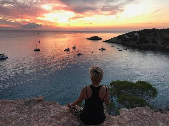 6 Days 60-Hour Yin Yoga Teacher Training in Ibiza, Spain