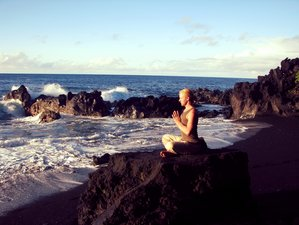 "7 Days ""Turning in to Source"" Meditation & Yoga Retreat Hawaii, USA"