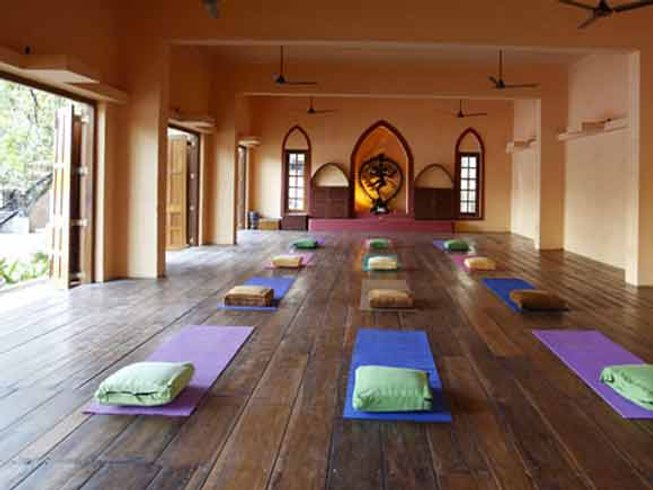8 Days Magical Yoga Retreat India