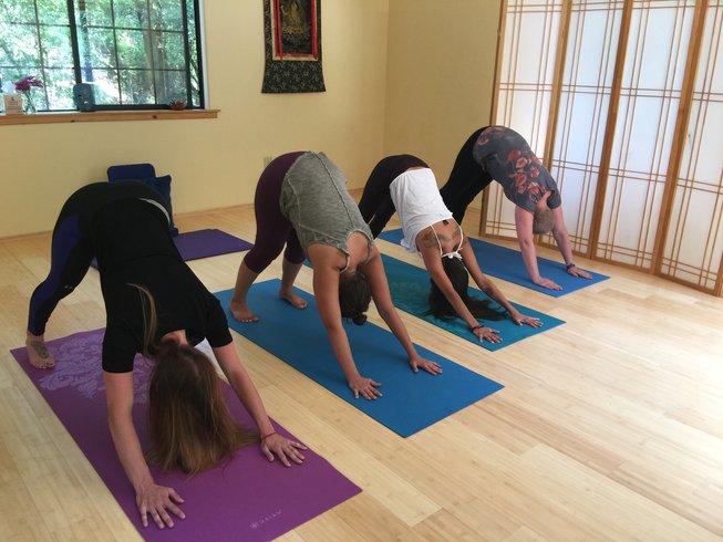 6 jours en retraite de yoga, méditation et detox revigorante en Californie, États-Unis