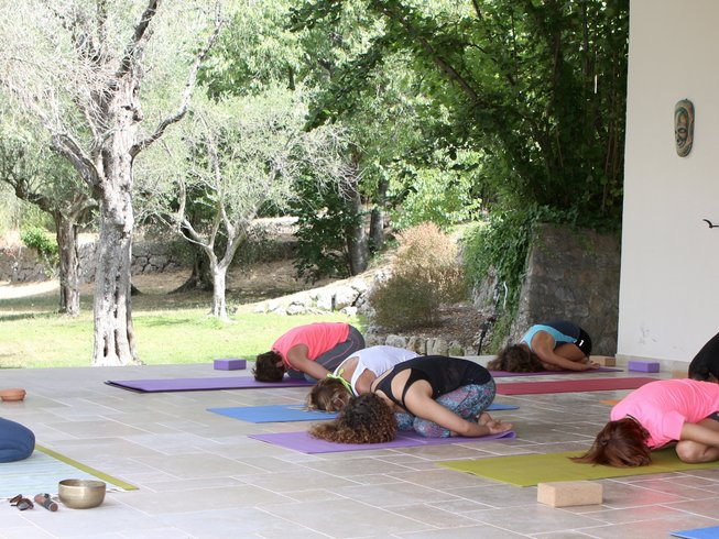 7 Days Luxury Meditation and Yoga Retreat in Grasse, France