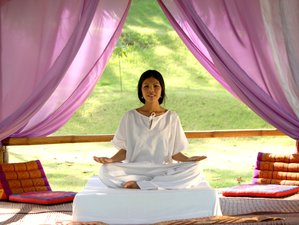 7 Tage Ayuryoga Sandhi Wellness Retreat in Thailand
