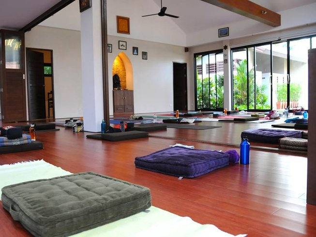 4 Days Relaxing Yoga Vacation in Koh Samui, Thailand