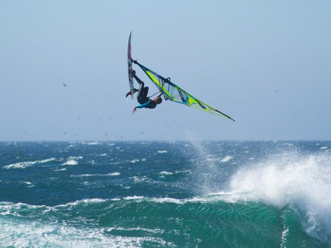 5 Days Beginners Windsurfing Surf Camp in India