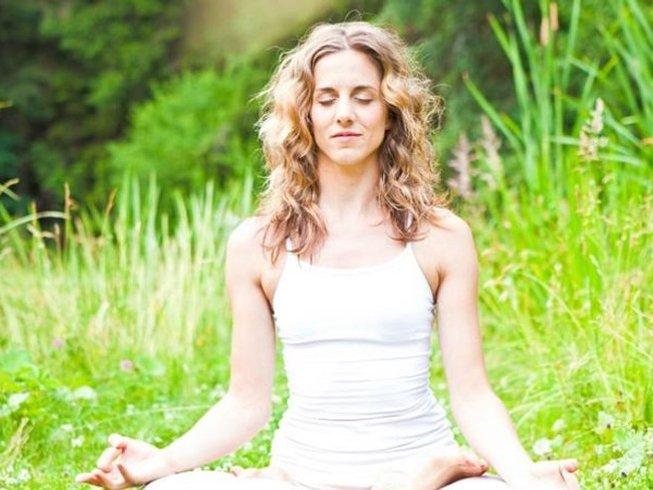 10-Daagse Ayurveda Detox Yoga Retraite in Počátky, Tsjechië