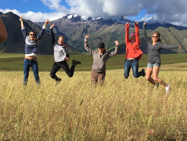 13 Days Sacred Valley Yoga & Sightseeing Retreat in Pisac, Peru