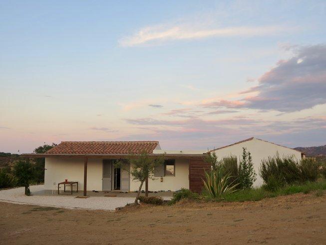 5 jours en stage de yoga, détox et méditation en Sardaigne, Italie