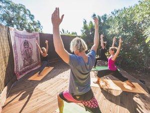 8 Days Yoga, Kitesurfing, and SUP Camp in Sargacal, Lagos, Portugal