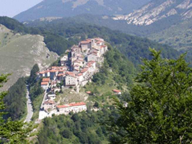 3 Days Abruzzi Park Cooking and Cheese Vacations in Italy