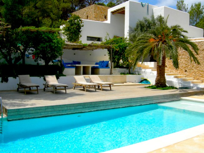 7 Days Detox & Yoga Retreat in Ibiza