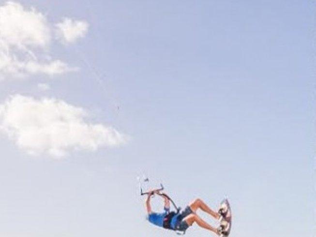 8 Days Kitesurfing Surf Camp Australia