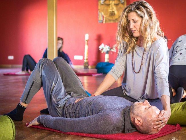 6 días recarga de Año Nuevo y retiro de yoga en España