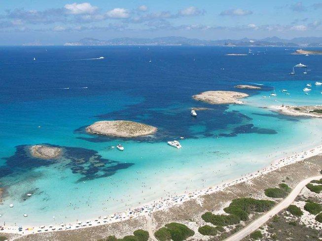 7 jours en stage de yoga et voile à Ibiza, Espagne