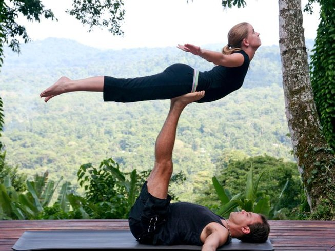 3 Days Cannabis Couples Massage and Yoga Weekend Retreat in Colorado, USA