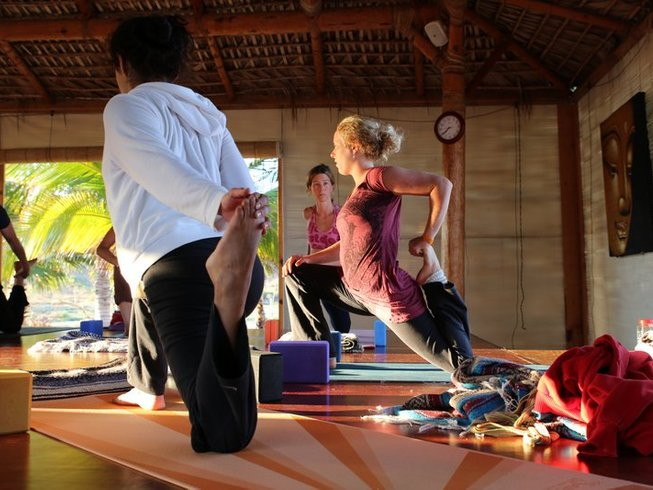 10 Days Ayurveda Yoga Teacher Training in Mexico
