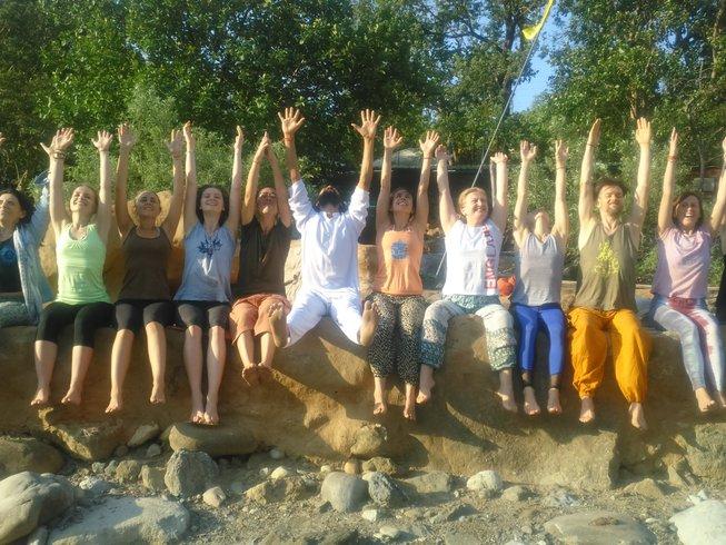 14 jours-100h de formation de professeur de yoga et de méditation à Rishikesh, Inde