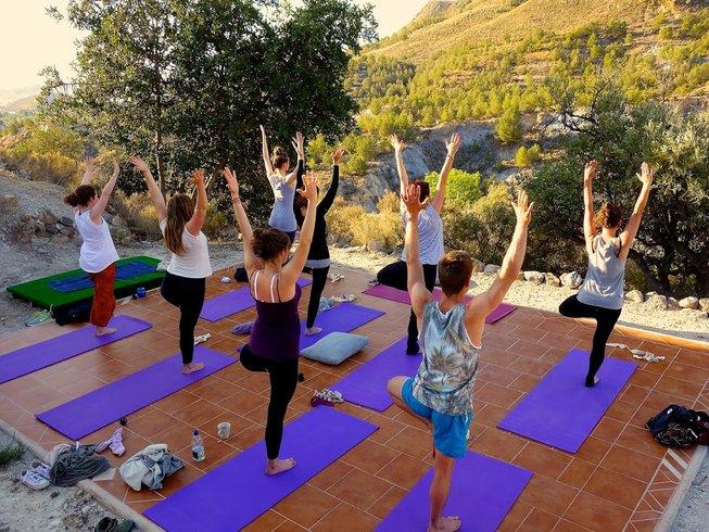 Outdoorküche Garten Yoga : 7 tage rustikaler meditations und yoga urlaub in murcia spanien