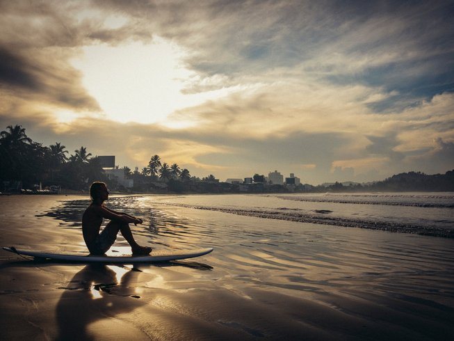 8 Tage Luxus Surf und Yoga Retreat in Unawatuna, Sri Lanka