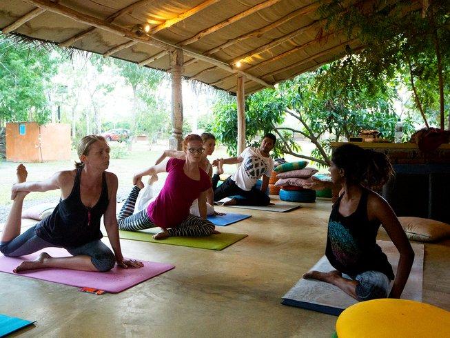 10 jours en stage de yoga et méditation à Tissamaharama,, Sri Lanka