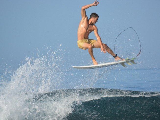 7 Days Surf Trip in Panama
