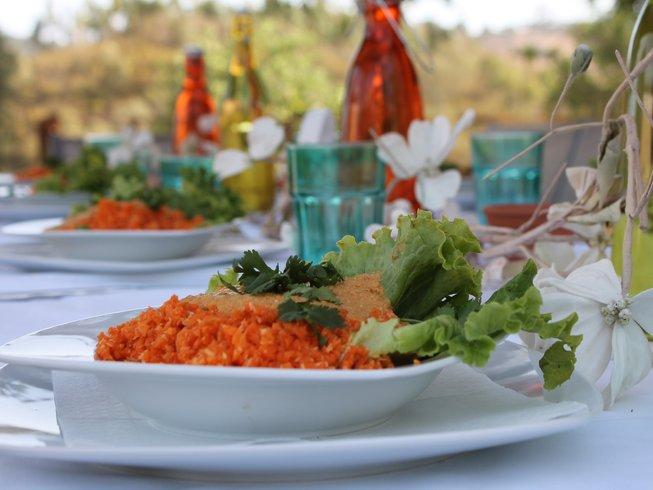 8 Days Raw Food & Yoga Retreat in Portugal
