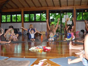 12 Tage 95-Stunden Yogalehrer Ausbildung für Kinder und Jugendliche in Nosara, Costa Rica