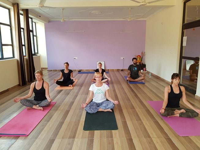 29-Daagse 200-urige Hatha Yoga Docententraining in India