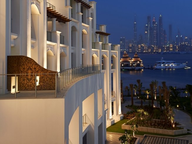 5 Days Luxury Yoga Retreat Dubai