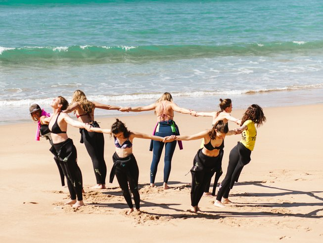 6 Days Women's Surf Camp and Yoga Retreat in Burgau, Portugal