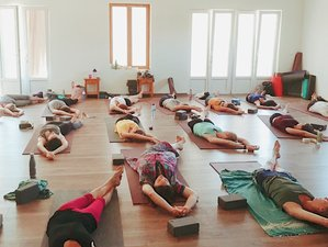 5 jours en stage de yoga, art et méditation à Saint-Martin-de-Brômes, Alpes-de-Haute-Provence