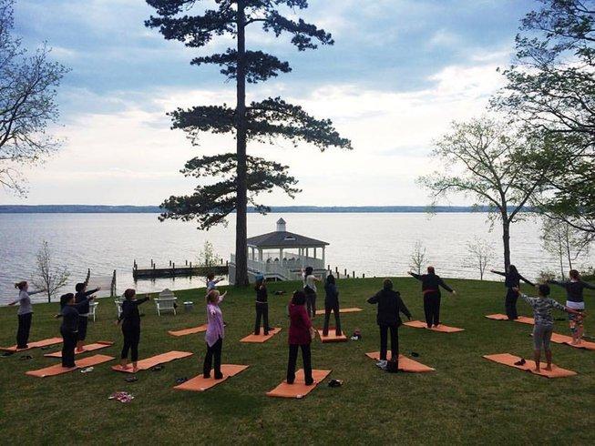 4 Days Deluxe Women's Yoga Retreat in New York