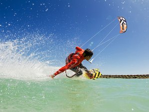 6 Days Kitesurfing Surf Camp in Andalusia, Spain