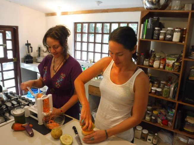 6 Days Vegetarian Cooking Vacation in Peru's Jungle