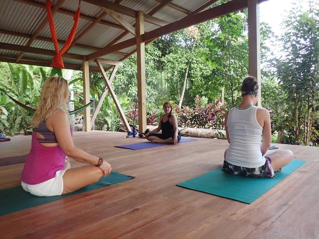 7 Days Yoga and Surf Camp in Costa Rica