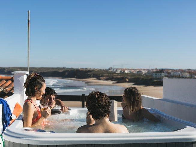 8 días retiro de yoga y surf en Peniche, Portugal