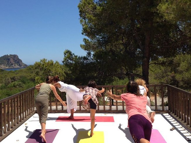 4 Days Invigorating Meditation and Yoga Retreat in Ibiza